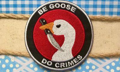 Knife-wielding goose patch