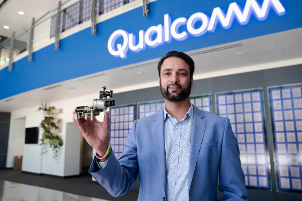 Qualcomm's new robotics development platform is 5G-enabled