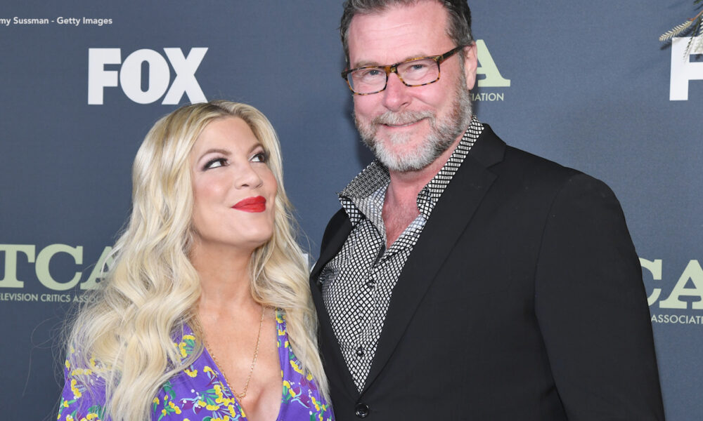 Tori Spelling talks being an ordained minister, quarantining with husband Dean McDermott: 'It brought us closer'