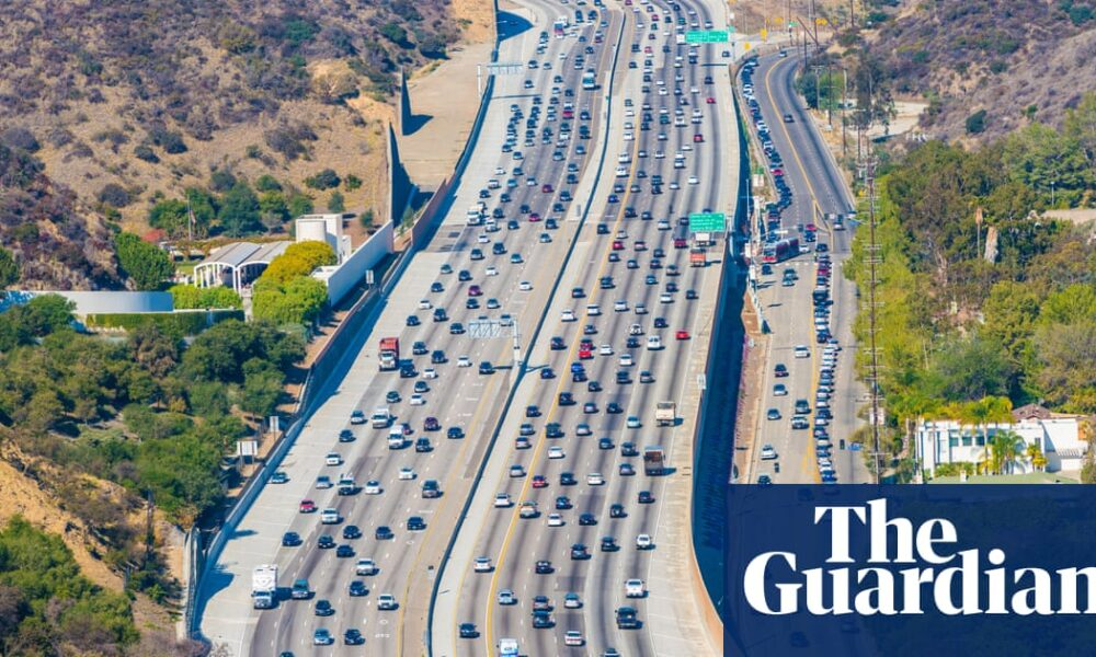 Asphalt roads make city air pollution worse in summer, study finds